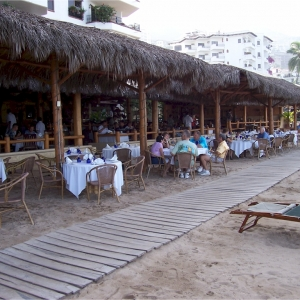 la-palapa-oceanside-restaurant